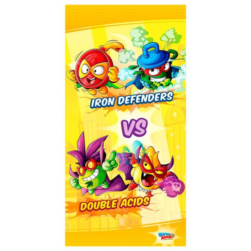 Toalla de baño o playa de SuperZings Double Acids vs Iron Defenders
